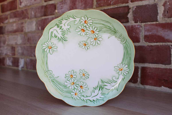 Haviland (France) Porcelain Plate with Green and White Daisies
