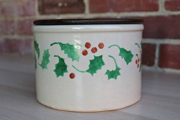 Robinson Ransbottom (Ohio, USA) 1 Quart Low Jar with Wood Lid and Holly Sprigs
