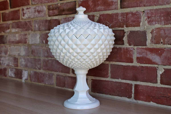 Westmoreland Glass Company (Pennsylvania, USA) Large English Hobnail Milk Glass Lidded Bowl