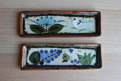 Ken Edwards Pottery (Mexico) Hand-Painted Ceramic Narrow Dishes, A Pair