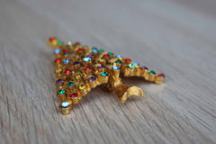 Jonette Jewelry (Rhode Island, USA) Gold Tone and Multi-Color Rhinestone Christmas Tree Brooch