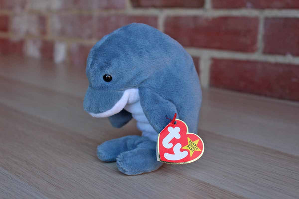 Ty Inc. (Illinois, USA) 1996 Echo the Dolphin (But with Waves the Whale Tags) Benaie Baby