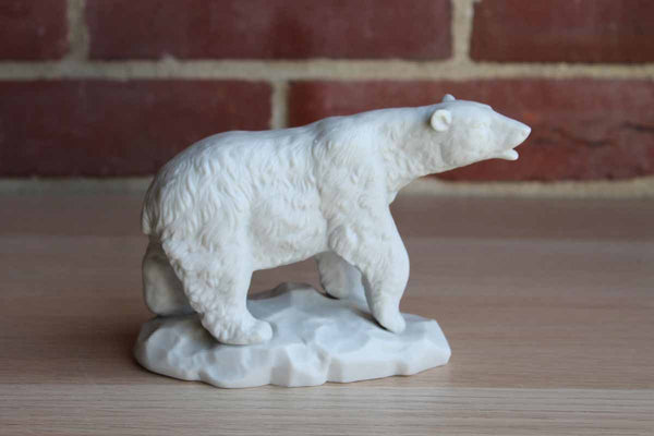 Aldon Accessories Ltd. (New York, USA) Fine Grained Porcelain Polar Bear Figurine