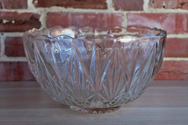 Hazel Atlas Glass Company (West Virginia, USA) Large Williamsport Clear Glass Serving Bowl