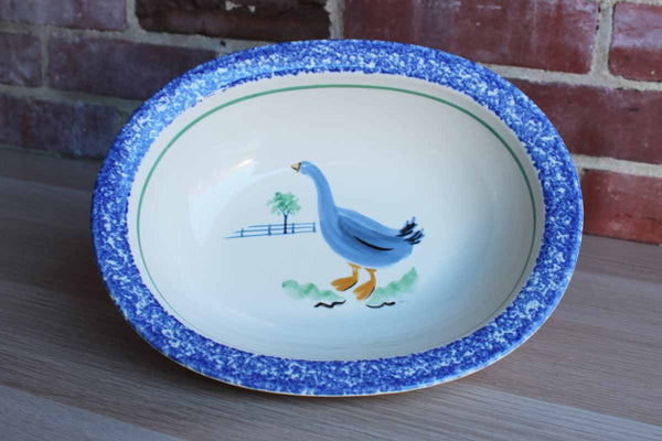 Pfaltzgraff (Pennsylvania, USA) Oval Ceramic Serving Bowl with Blue Spongeware Rim and Duck Decoration