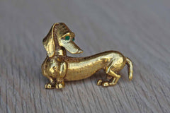 Jeanne (New York) Gold Tone Dachshund Brooch with Green Rhinestone Eyes
