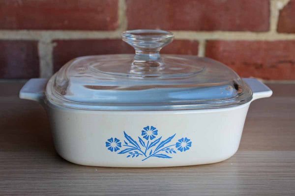 Corning Glass Works (New York, USA) Blue Cornflower 1 Quart Covered Dish