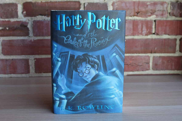 Harry Pottery and the Order of the Phoenix by J.K. Rowling