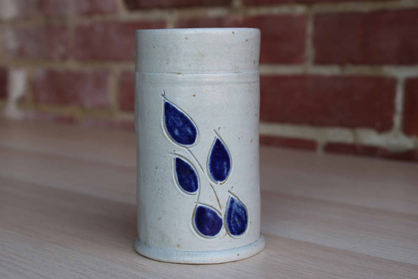 Williamsburg Pottery (Virginia, USA) Salt Glazed Vessel with Etched Blue Leaves