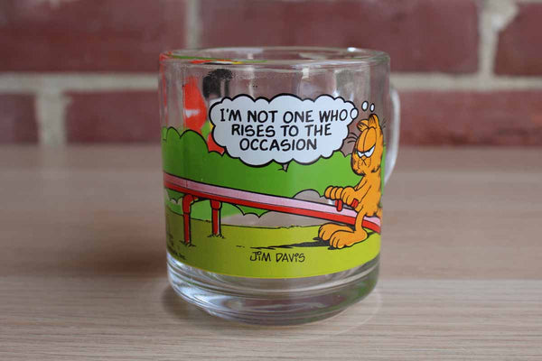 "McDonald's 1980 Garfield the Cat ""I'm Not Someone Who Rises to the Occassion"" Glass Mug"