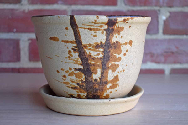 Lee's Pottery (California, USA) Stoneware Pot with Splattered Brown Design