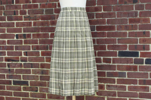 Talbots 100% Worsted Wool Pleated Skirt, Size 18