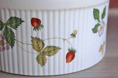 Wedgwood (England) Wild Strawberry Earthenware Oven to Table Souffle Dish