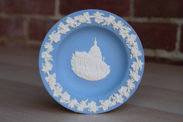 Wedgwood (England) Blue Jasperware Round Landmark Dish of the U.S. Capitol