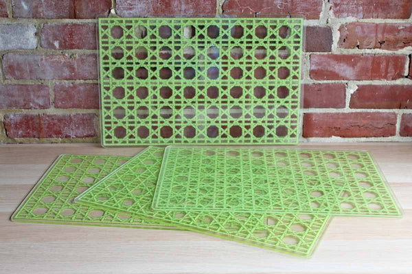 Thick Acrylic Placemats Decorated with Green Open Cane Webbing Pattern