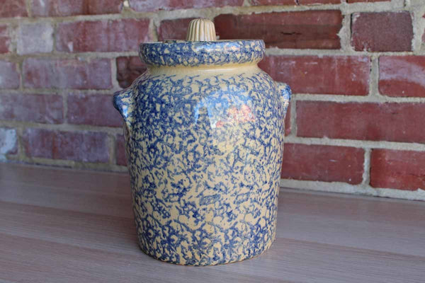 Robinson Ransbottom (Ohio, USA) Large Blue 4 Quart Stoneware Canister with Matching Lid