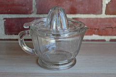 Clear Glass Measuring Cup with Removeable Juice Reamer