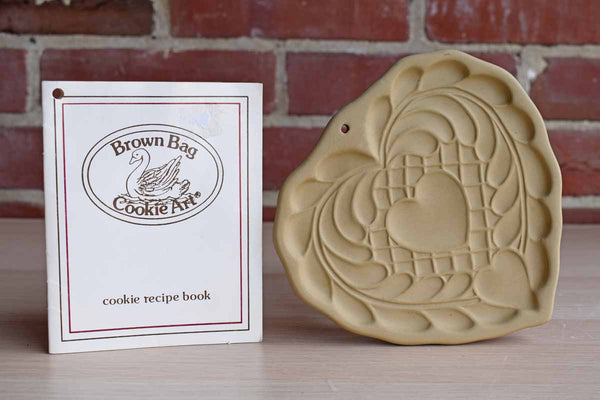 Brown Bag Cookie Art (New Hampshire, USA) 1988 Stoneware Heart Shortbread Cookie Mold