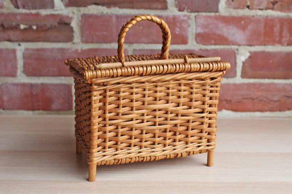 Footed Weaved Basket with Hinged Lid