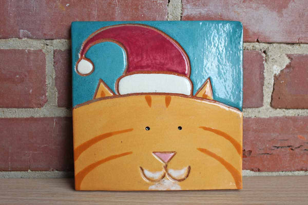 Marblehead Tileworks (Massachusetts) Tabby Cat Wearing a Santa Hat Tile