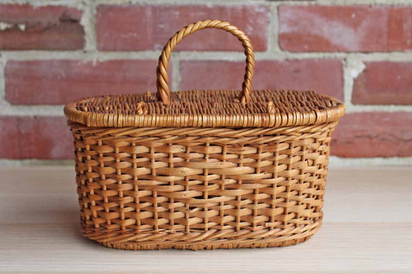 Small Oval Handled Basket with Hinged Lid