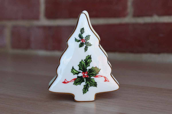 Lefton China (Japan) Porcelain Christmas Tree Box Decorated with Green Holly