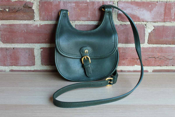 Etienne Aigner (New York, USA) Small Green Leather Cross Body Bag