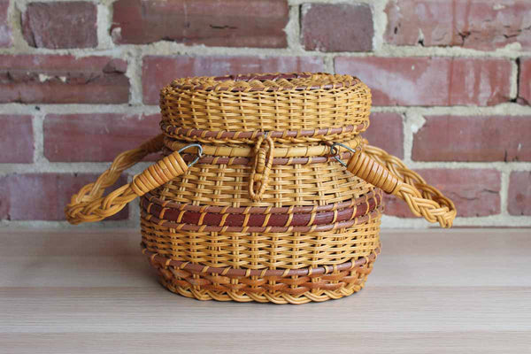 Hand Woven Wicker Picnic or Sewing Basket with Hook Lock and Metal Hinges