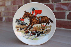 Small Ceramic Plate with English Fox Hunt Scene