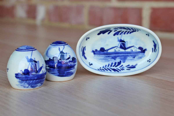 Delft (Holland) Small Ceramic Salt & Pepper Set on Matching Tray Decorated with Flowers and WindmillsCeramic