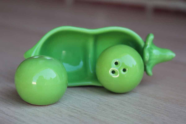 Green Pea Pod Salt and Pepper Shakers