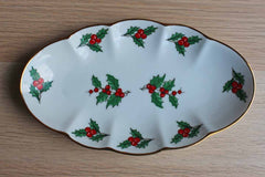 Viletta (Oregon, USA) Fine China Christmas Holly Tray with Gold Rim