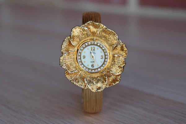 Kenneth Jay Lane (New York, USA) Gold Tone Flower-Shaped Quartz Movement Watch