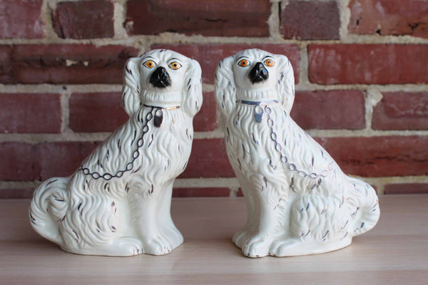 Staffordshire (England) Pair of English Clay Dog Figurines