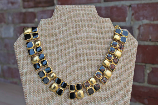 Anne Klein (New York, USA) Black and Gold Tone Link Collar Necklace