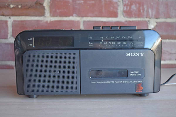 SONY Dual Alarm Cassette Player Digital Clock Radio Serial No. 1290748