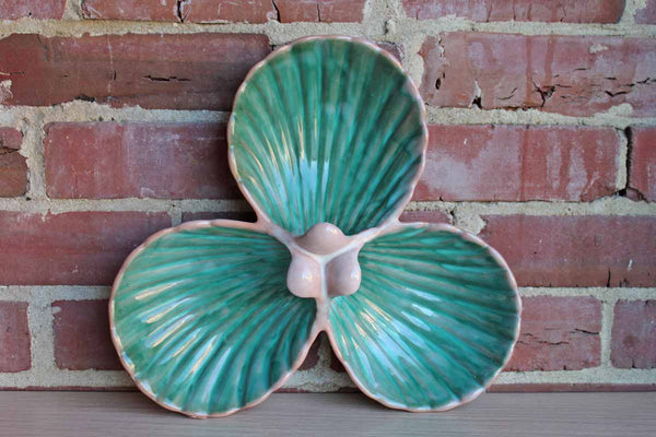 Stangl Pottery (New Jersey, USA) Clamshell Shaped Divided Dish