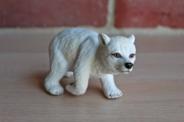 Boehm (New Jersey, USA) Porcelain Bear Cub Figurine