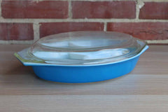 Corning Inc. (New York, USA) Pyrex Deep Blue Divided Serving Dish with Clear Glass Lid