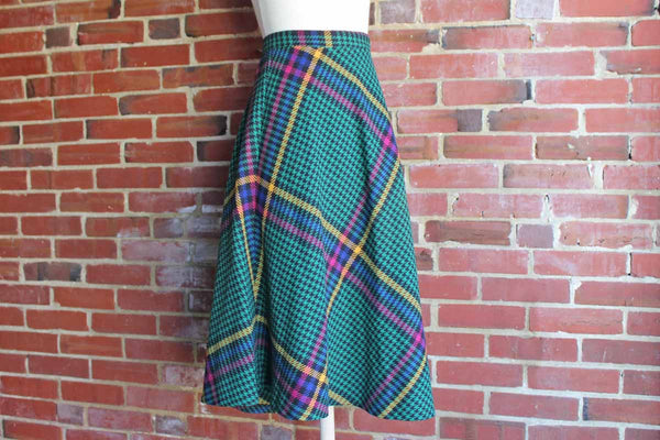 Sag Harbor Green, Blue, Black, Yellow, and Red Plaid and Checked Wool Blend Round Swingy Skirt