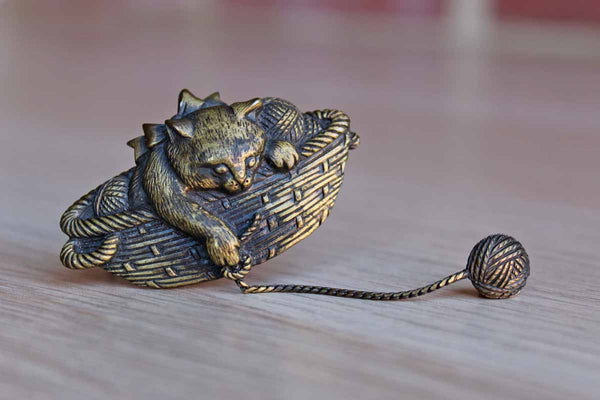 Jonette Jewelry (Rhode Island, USA) Metal Brooch of a Cat in a Basket Playing with a Dangling Ball of Yarn