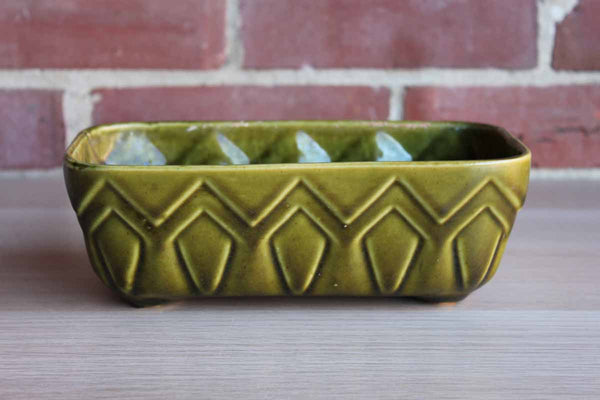 Brush-McCoy Pottery (Ohio, USA) Avocado Green Ceramic Planter with Zig-Zag Design