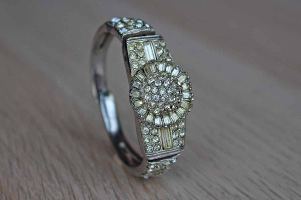 Ledo (New York, USA) Silver Rhinestone Bracelet with Starburst Decoration