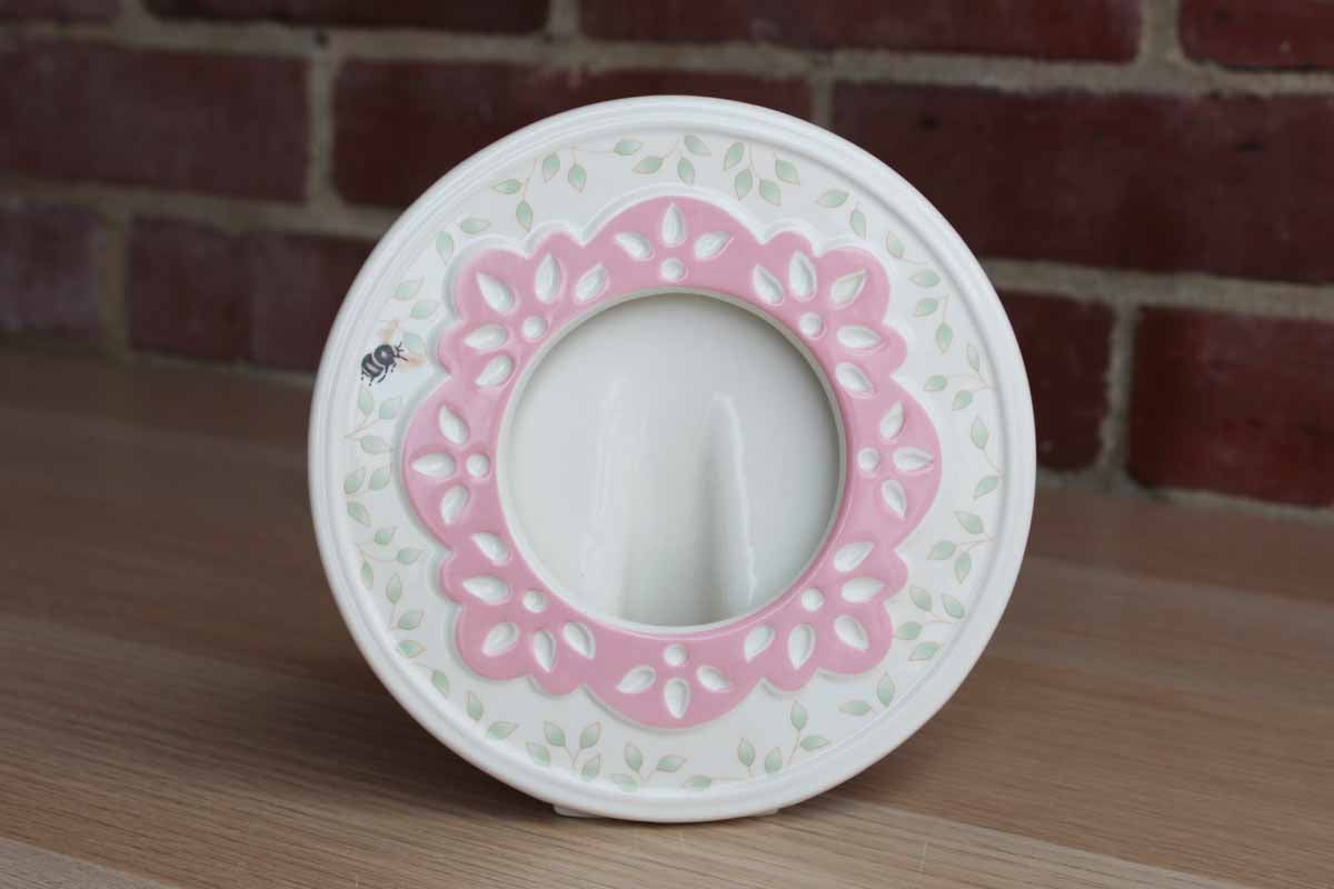 Lenox Butterfly Meadow Pink and Green Round Picture Frame with Bumblebee