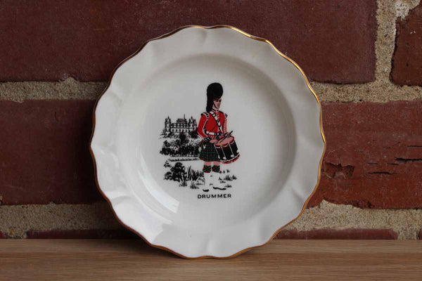 Duchess (England) Bone China Trinket Dish with Drummer Wearing Kilt and Bear Skin Hat