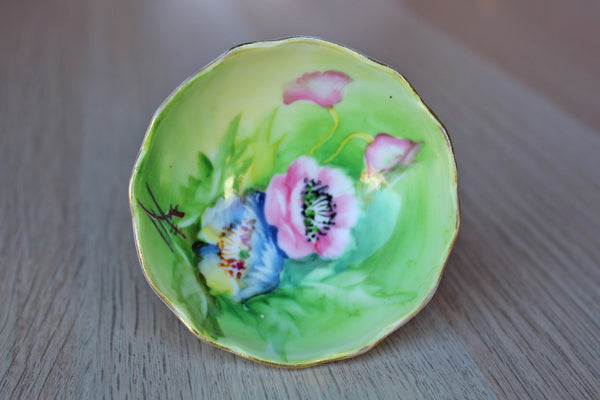 Small Porcelain Footed Bowl Decorated with Handpainted Flowers