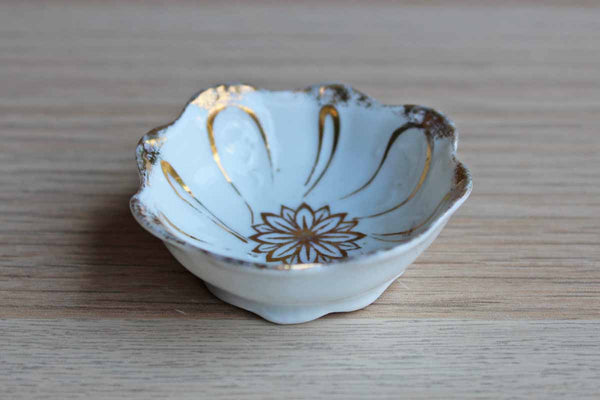 Small White Porcelain Bowl with Gold Flower Decoration