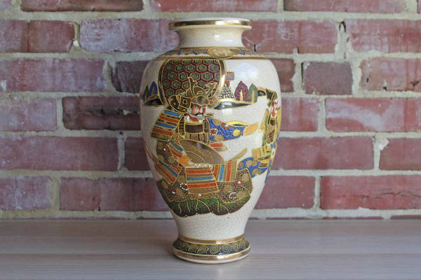 Large Satsuma Vase Decorated with Samurai Warriors