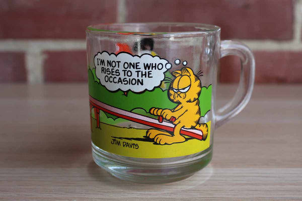 "McDonald's 1980 Garfield the Cat ""I'm Not One Who Rises to the Occasion"" Glass Mug"
