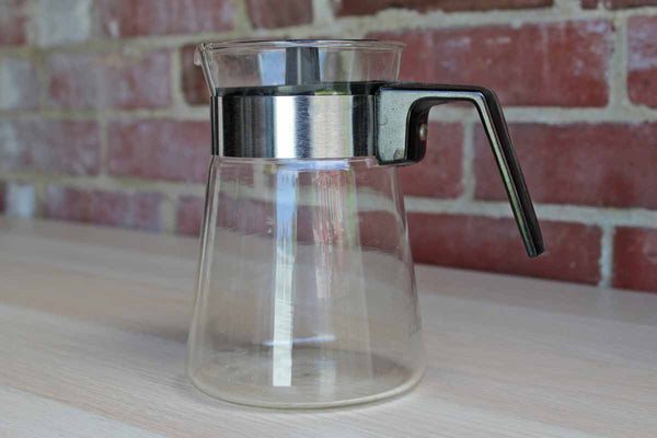 Corning Inc. (New York, USA) Pyrex 2-Cup Glass Carafe